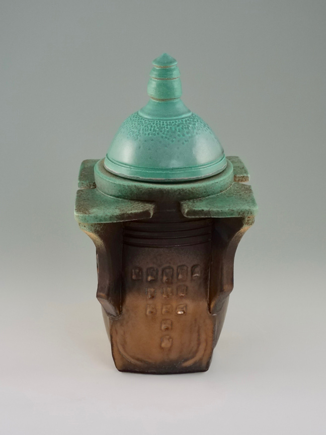 Metropolis Vase V2 by Kevin Eaton